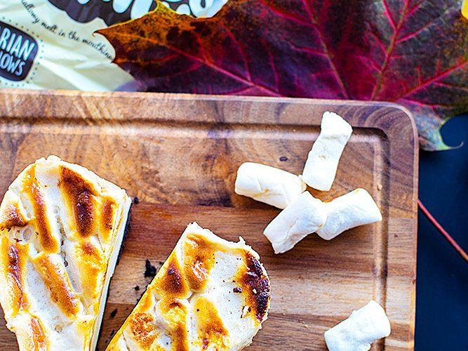 Baked Marshmallow and Oreo Cheesecake (Vegan)