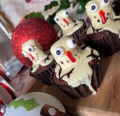 Snowmen Mallow Cupcakes